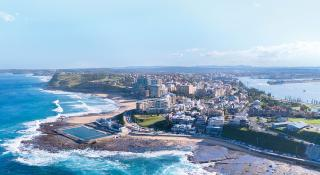 Newcastle-Ocean-Baths From-Above